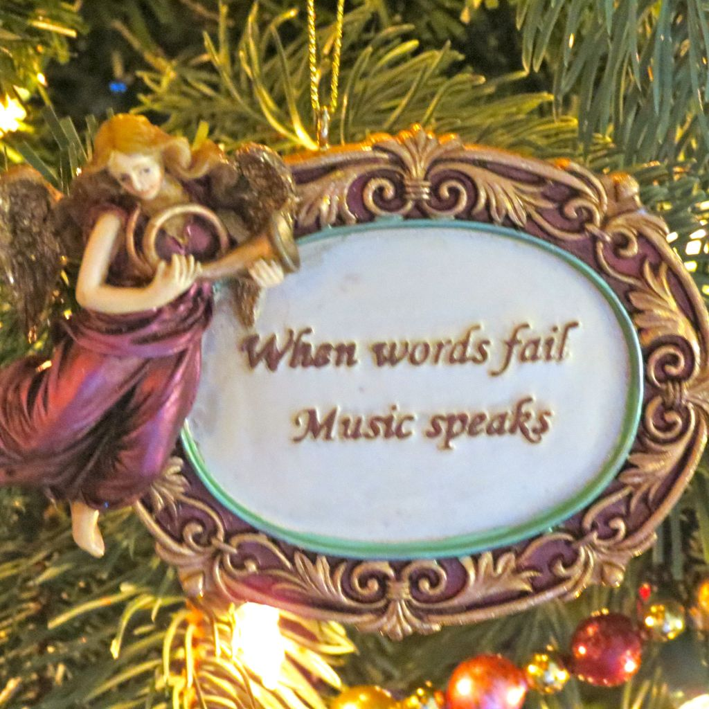 Christmas Ornament When Words Fail Music Speaks