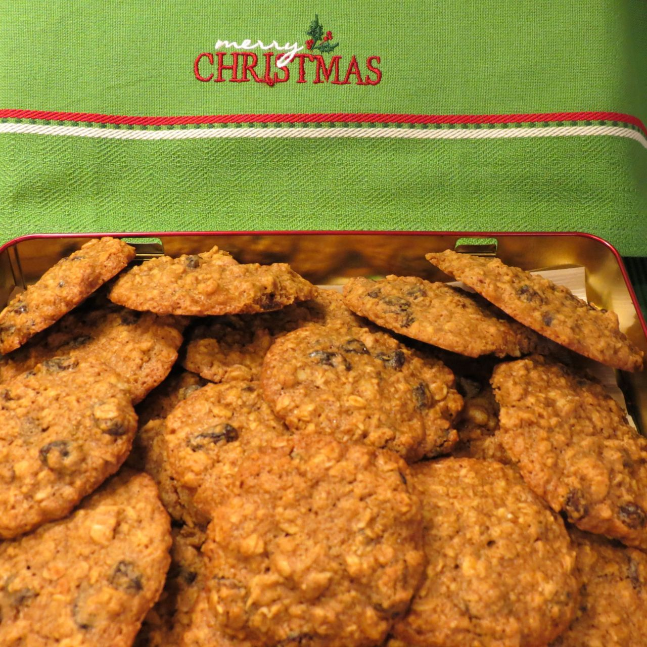 Oatmeal Raisin Cookies Main Picture for Cover