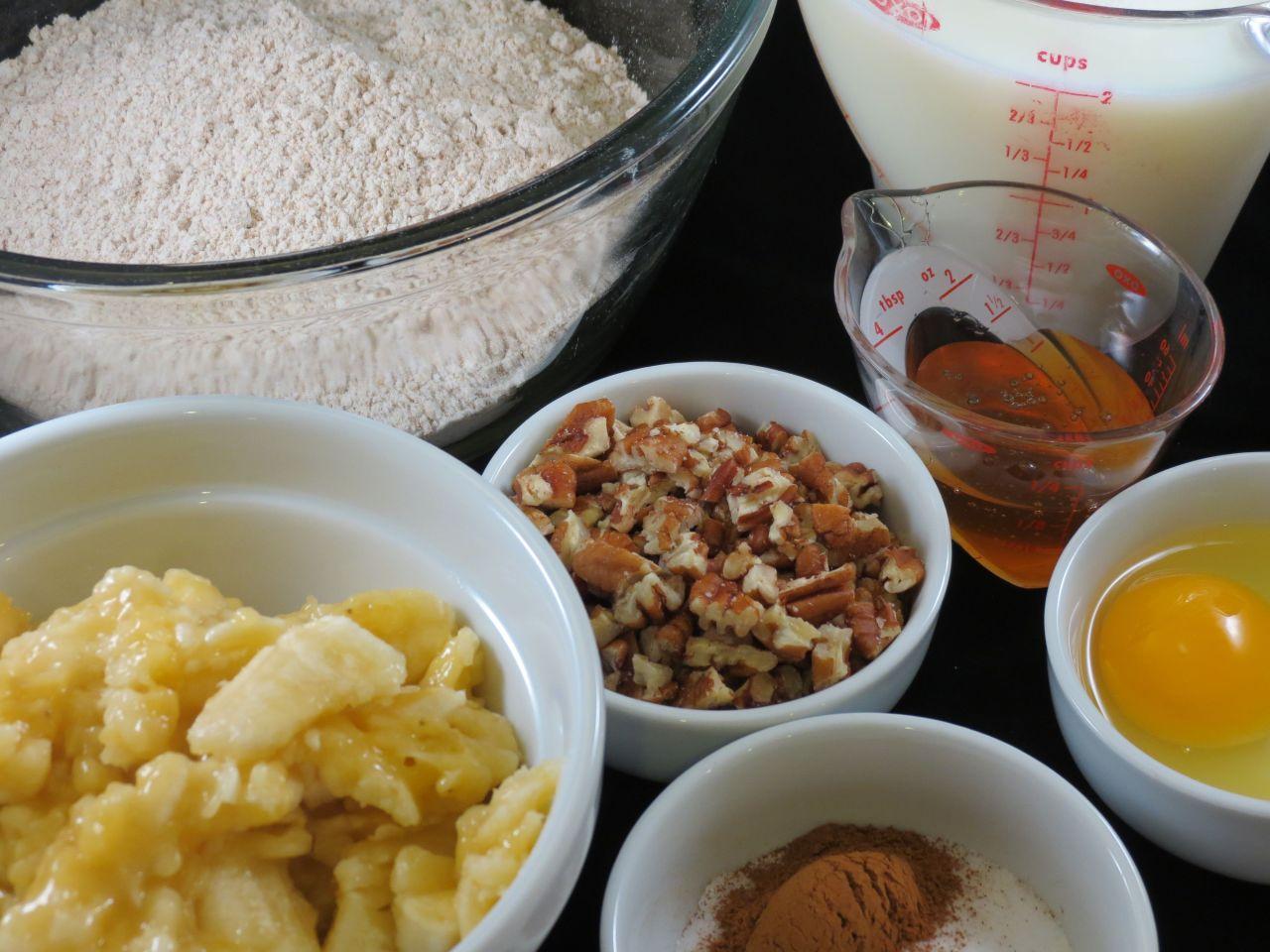 Banana Pecan Pancakes Ingredients