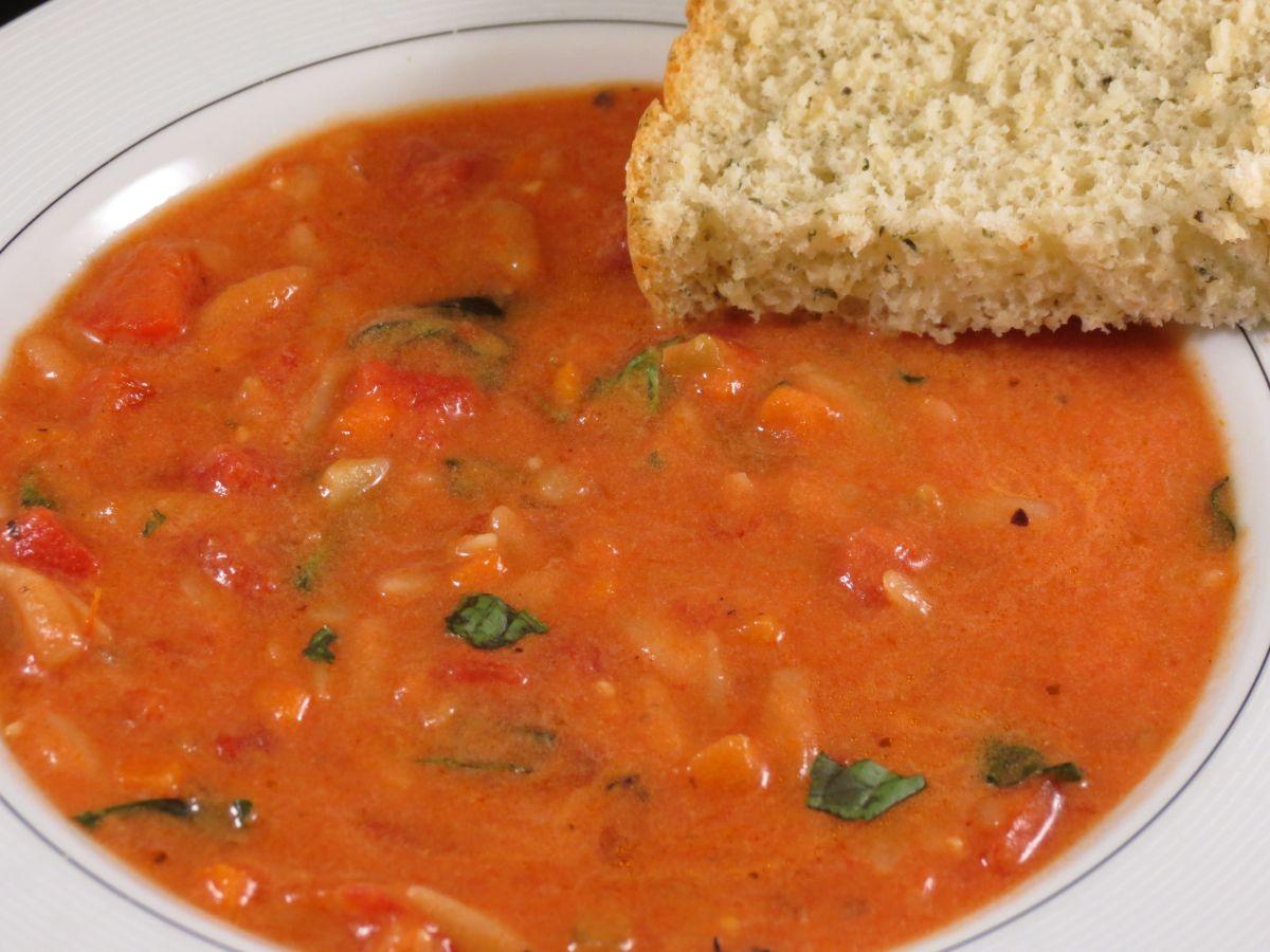 Tomato Basil Orzo Soup