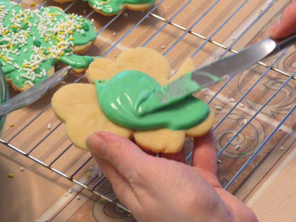 Irish Shamrock cutout cookies Icing 2