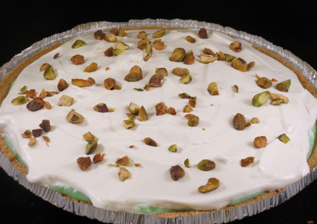 Pistachio Pudding Pie Final Layer