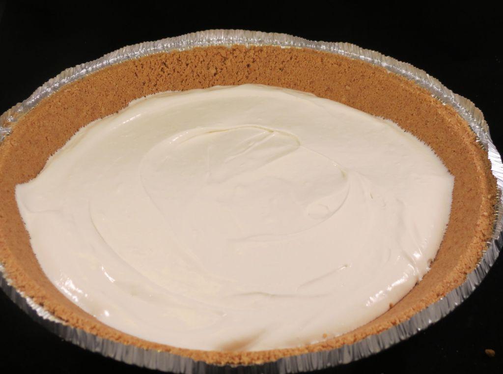 Pistachio Pudding Pie Layer 1