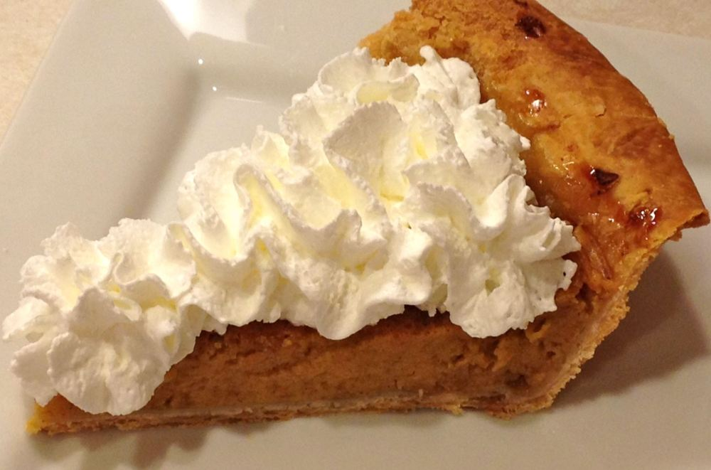 pumpkin-pie-with-whipped-cream