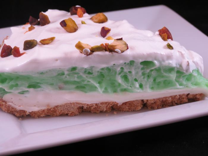 pistachio-pudding-pie-final-picture