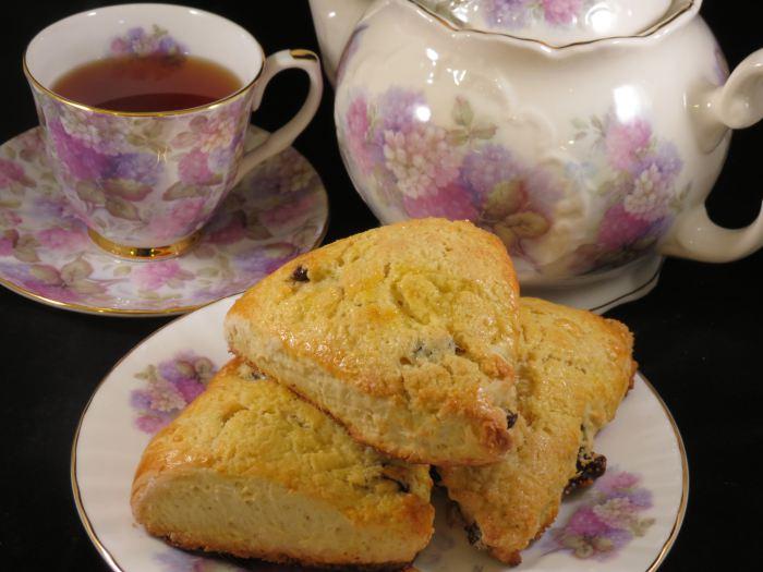 Earl Grey Tea and Scones