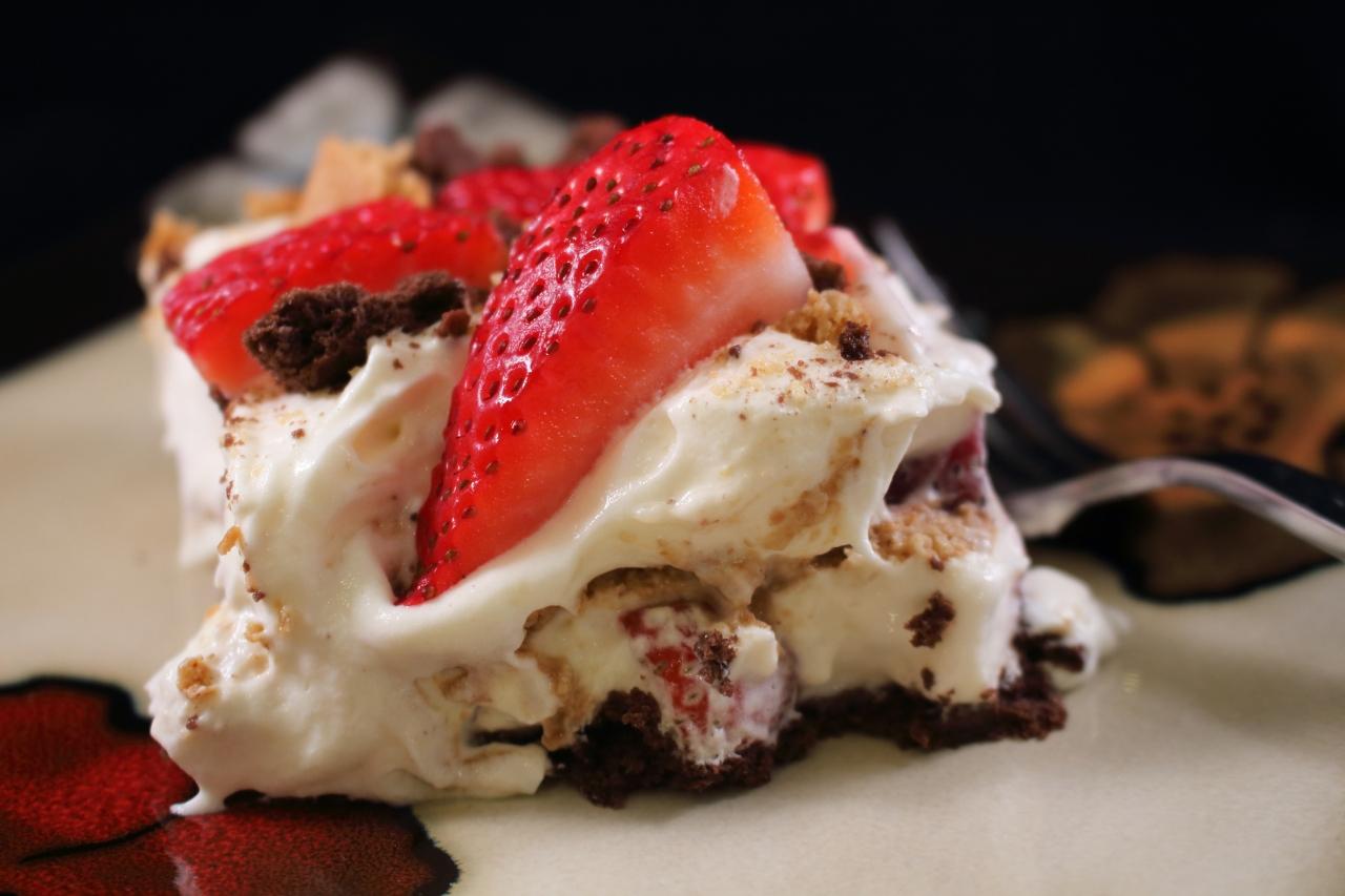 Slushy Strawberry Cheese Cake Plated