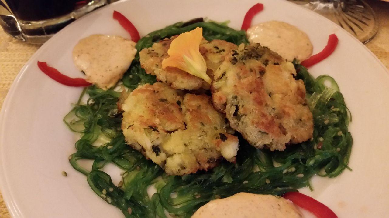 A Taste of Europe Crabcake and Sesame Seaweed Salad